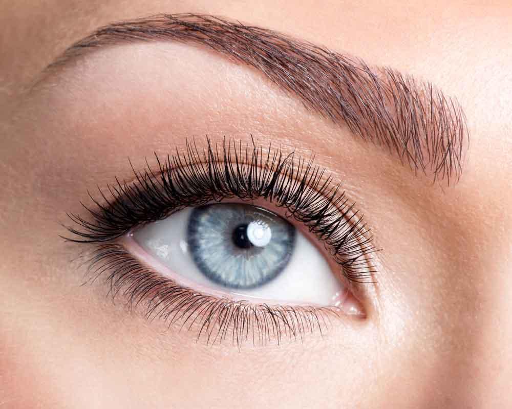 tatovering af øjenbryn